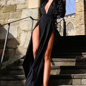 Long sleeve maxi with 2 high slits